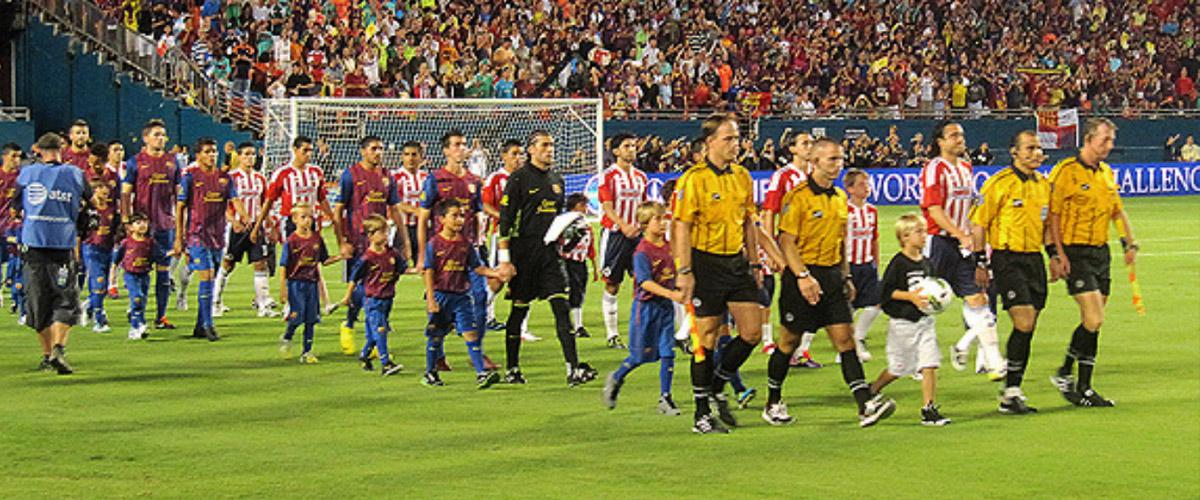 Barcelona fue goleado por Chivas en el sur de la Florida