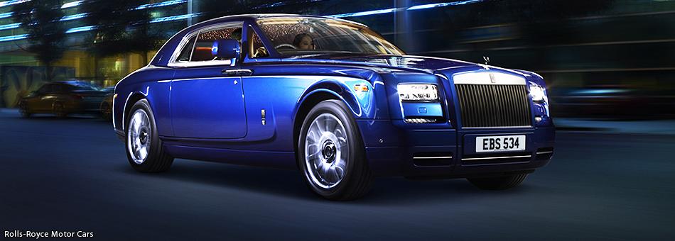 Rolls-Royce presenta su exitoso modelo Phantom Coupé en Dubai